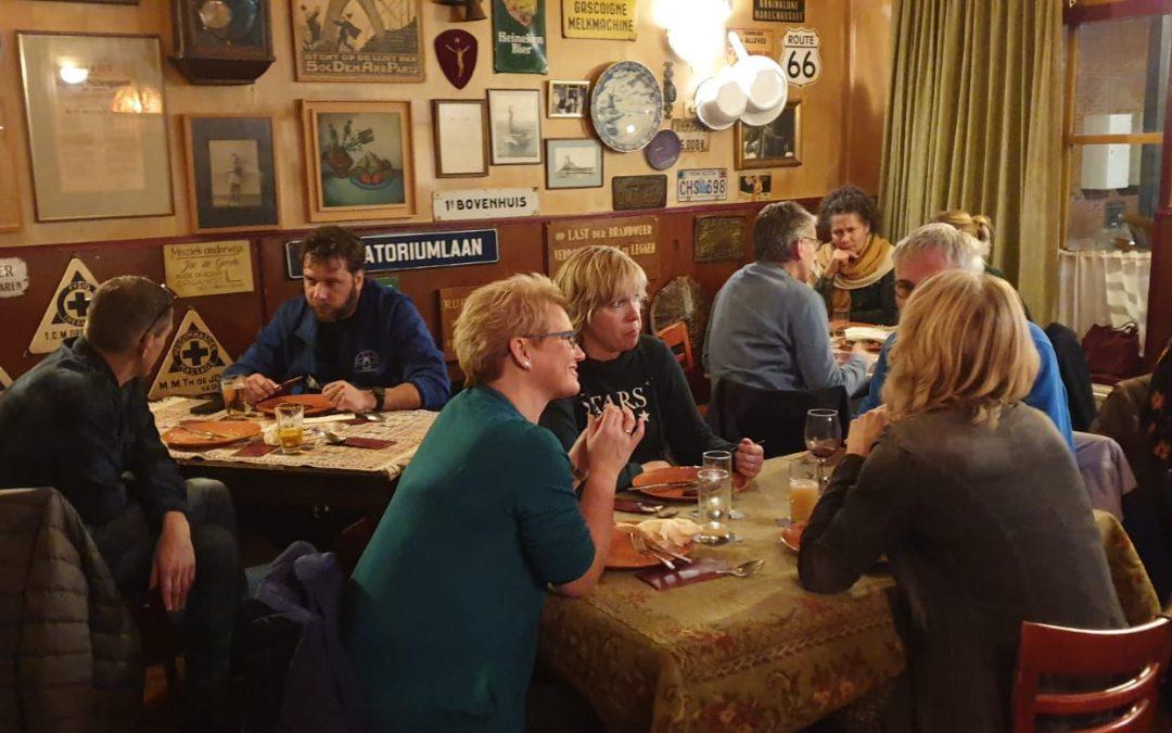 Heerlijk stamppot buffet tijdens netwerkbijeenkomst